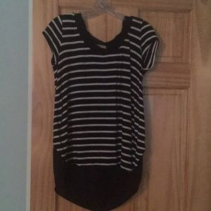 Anthropologie top size xs.